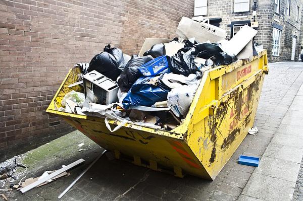 Évacuation des déchets et encombrants déménagement 95